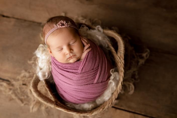 Olga-Breitkreuz-Fotografie-Neugeborene-Baby-Erlensee-Hanau-Frankfurt-Aschaffenburg-Darmstadt-Offenbach-319